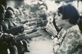 femme guerre
